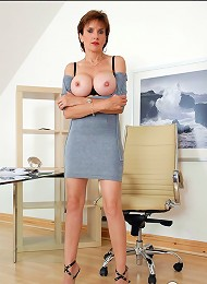 Huge tits mature^Lady Sonia Femdom porn xxx sex free pics picture pictures gallery galleries femdom domination female