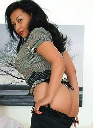 Smouldering ebony^Lady Sonia Femdom porn xxx sex free pics picture pictures gallery galleries femdom domination female