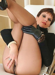 Pantyhosed mature^Lady Sonia Femdom porn xxx sex free pics picture pictures gallery galleries femdom domination female