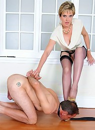 Dominant trophy wife^Lady Sonia Femdom porn xxx sex free pics picture pictures gallery galleries femdom domination female