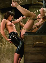 Smother my face in your ass^Men In Pain Femdom porn xxx sex free pics picture pictures gallery galleries femdom domination female